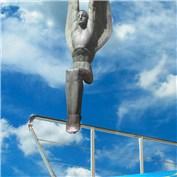 Diving Statue