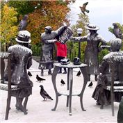 B2B: Statues